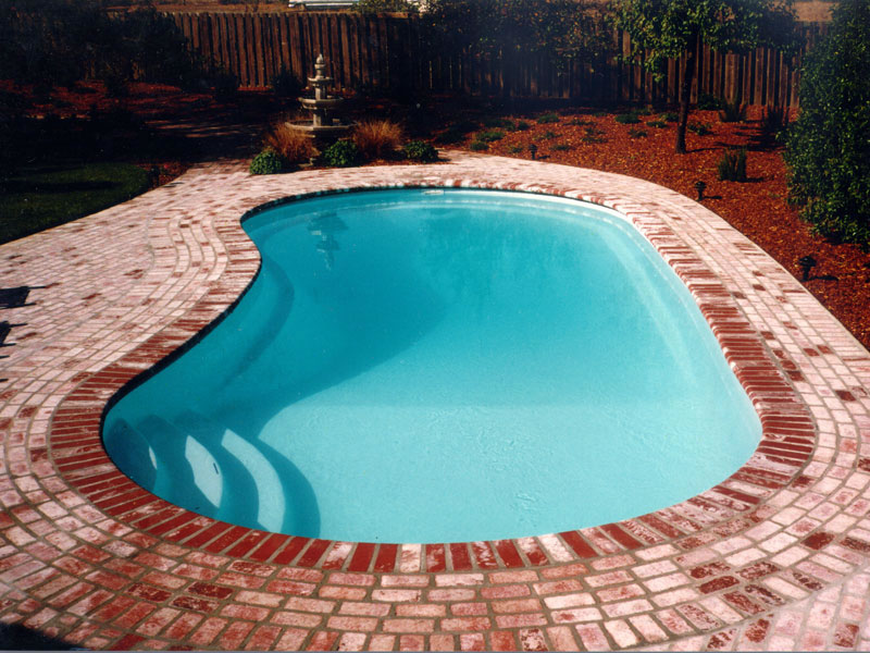 Clearwater pools kidney shaped pools inground pool builder serving louisville ky and for Swimming pool installation seattle